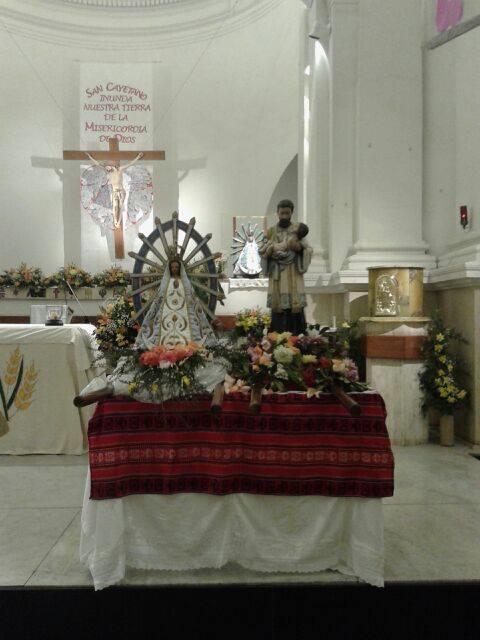 San Cayetano y la virgen de lujan